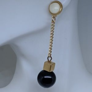 Jewelry - Long Vintage Gold Chain Black Sphere Earrings